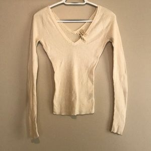 Abercrombie & Fitch light sweater top